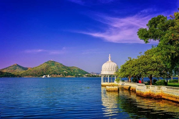 Lake Fatehsagar